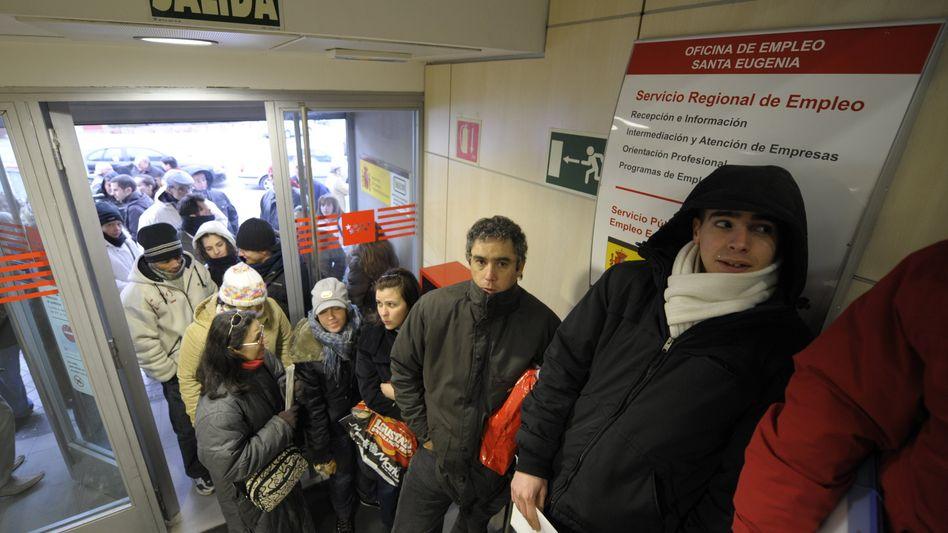 Arbeitslose in einem Jobcenter in Madrid: Aufschwung ohne Jobboom