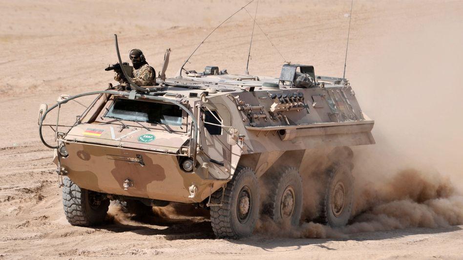 """""""Fuchs""""-Panzer in Afghanistan: Umstrittene Rüstungsgeschäfte"""