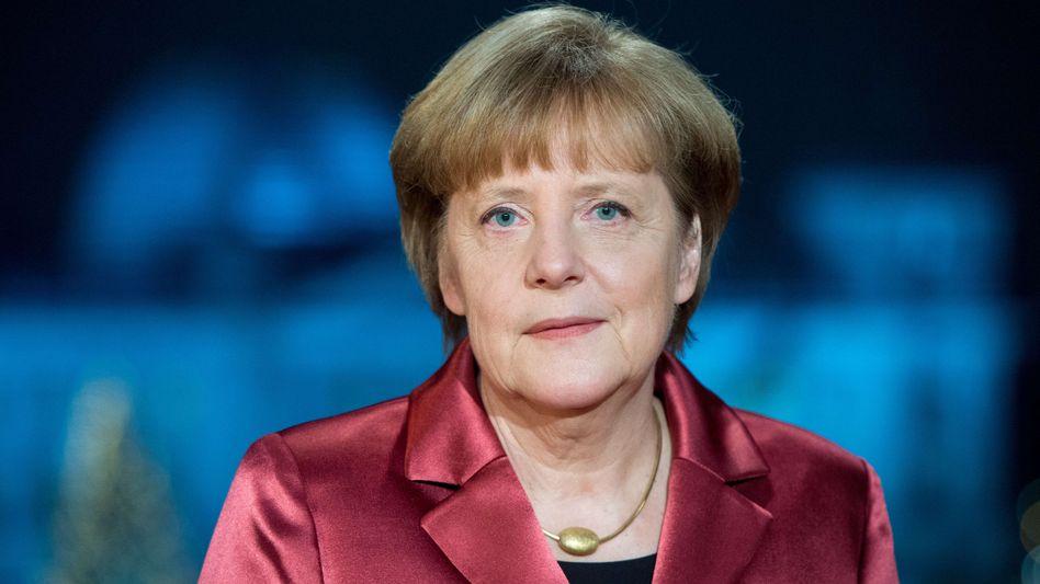 Neujahrsansprache der Kanzlerin: Merkel prangert Hass bei Pegida-Märschen an