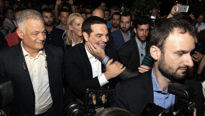 Alexis Tsipras bei ERT-Neustart: Jubeln, Feiern, Schulterklopfen