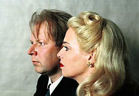 Ein eng verbundenes Paar: Veit Harlan (Axel Milberg) und Lieblingsdarstellerin Kristina Söderbaum (Esther Hausmann)