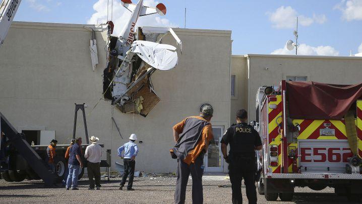 Flugzeugabsturz in Arizona: Durchs Dach gebohrt