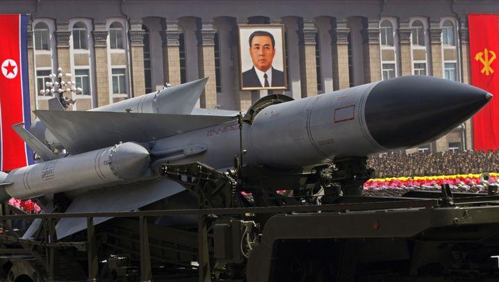 Nordkorea: Militärparade in Pjöngjang