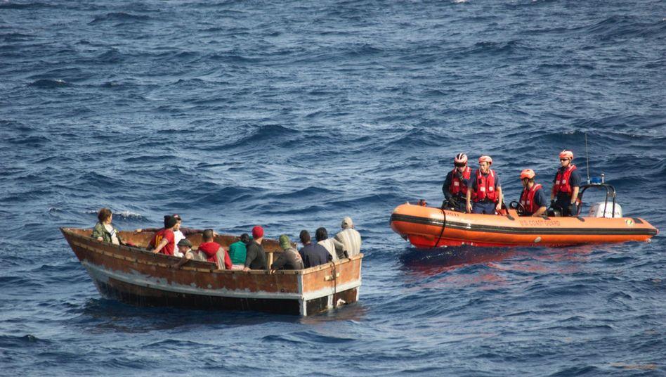 Kubanische Migranten und US-Küstenwache vor Key West (Archivbild)