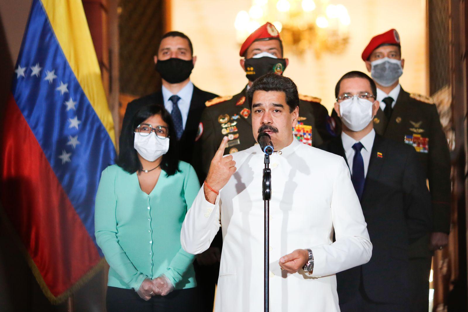 VENEZUELA-POLITICS-MADURO-OIL