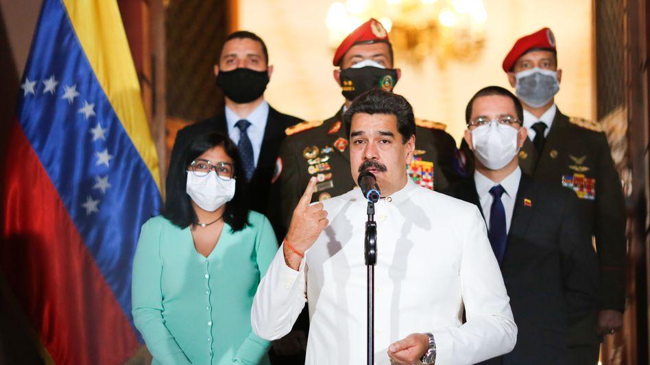 Venezuelas Machthaber Nicolas Maduro - seit 2015 haben 4,5 Millionen Venezolaner das Land verlassen