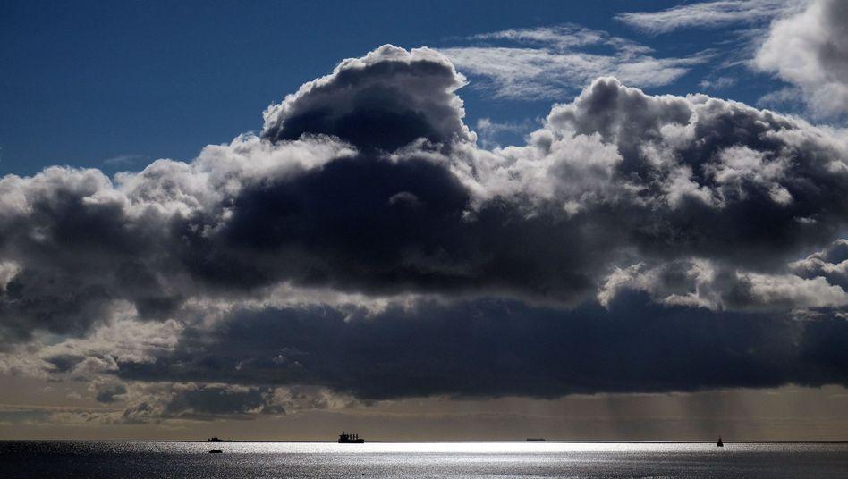 Frachtschiffe auf der Nordsee
