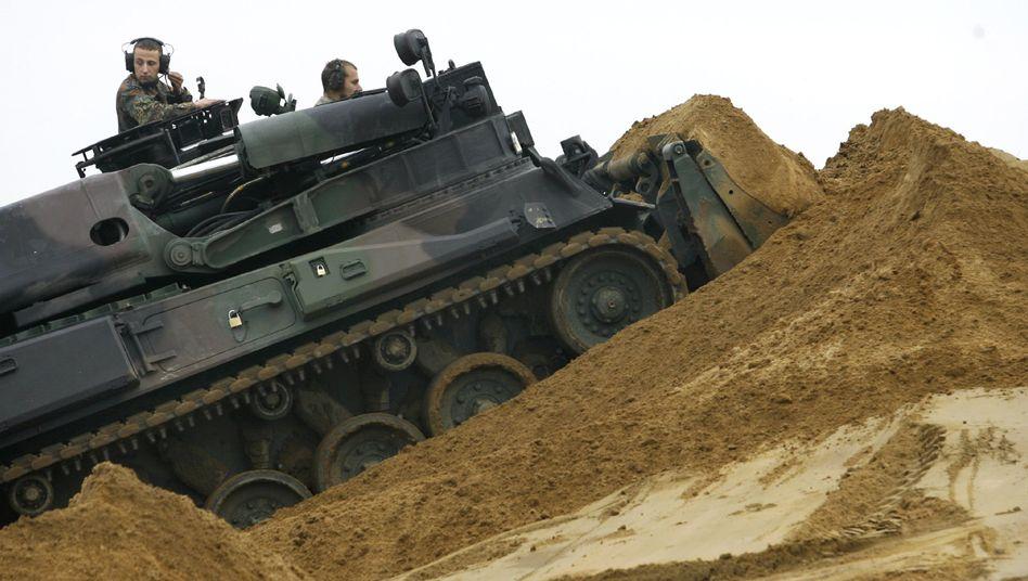 Übung von Soldaten und Reservisten (Archiv)