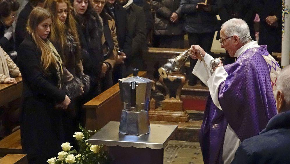 Beerdigung von Bialetti-Chef: Die Kanne des Lebens