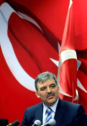 Turkish Foreign Minister Abdullah Gül stepped out of a hotly contested presidential race on Sunday, after street protests and a parliamentary deadlock. Gül is a devout Muslim with a good reputation in the West.
