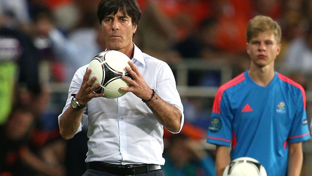 2:1-Sieg gegen Niederlande: Vor dem Spiel ist der Balljunge