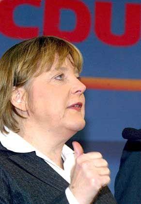 Angela Merkel: Kotau vor der US-Regierung