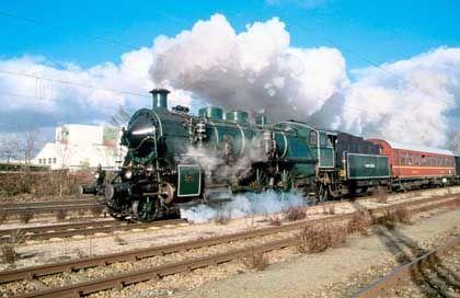Bayerische Schnellzuglokomotive S 3-6 (1918) in Nördlingen: Interesse an Industriekultur steigt