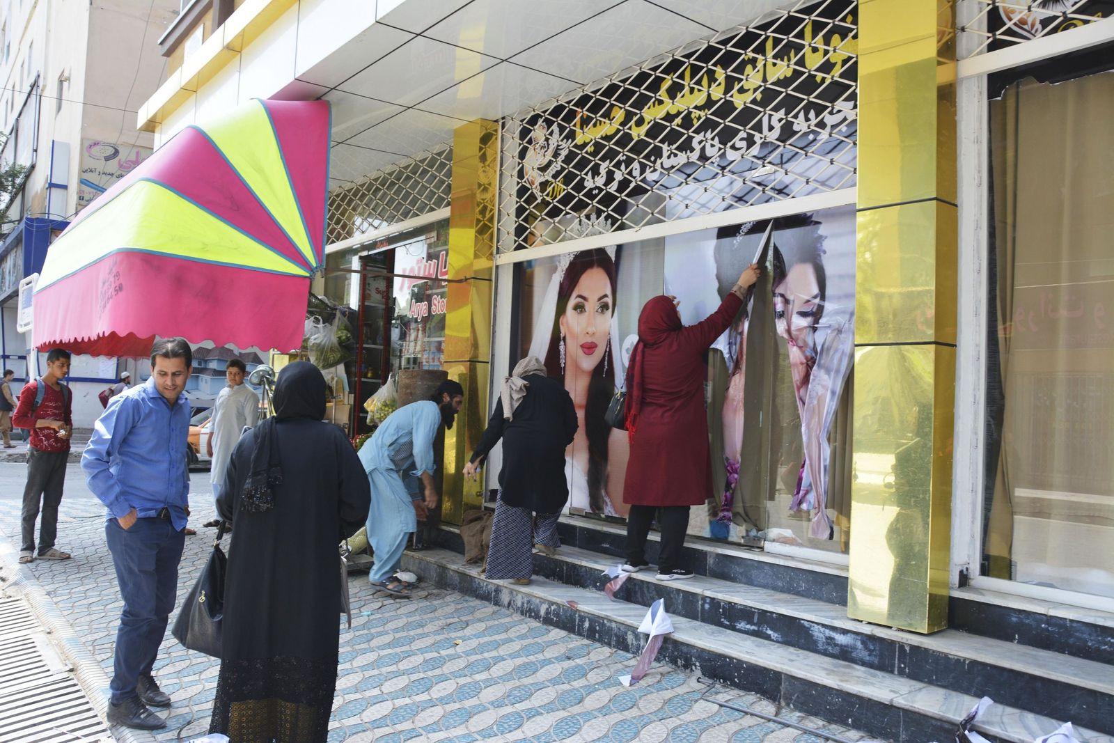 Konflikt in Afghanistan - Taliban dringen in Kabul ein