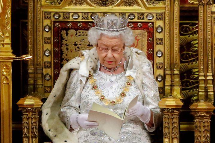 Feierliche Wiedereröffnung des britischen Parlaments: Die Queen steht im Mittelpunkt der Zeremonie