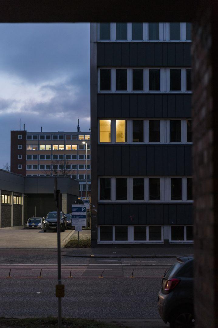Flüchtlingsunterkunft in Hamburg: Viele Opfer sind selbst Asylbewerber