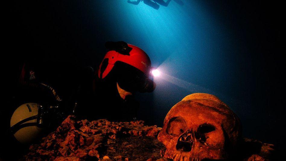 """Kinofilm """"Die Höhlen der Toten"""": 3-D-Tauchgang in die Unterwelt der Maya"""
