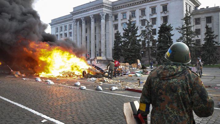 Gewalt in Odessa: Tödlicher Brand im Gewerkschaftshaus
