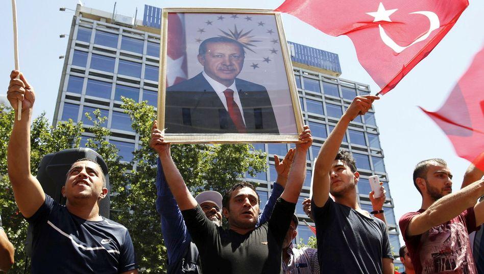 Anhänger des türkischen Präsidenten Tayyip Erdogan am Samstag in Ankara