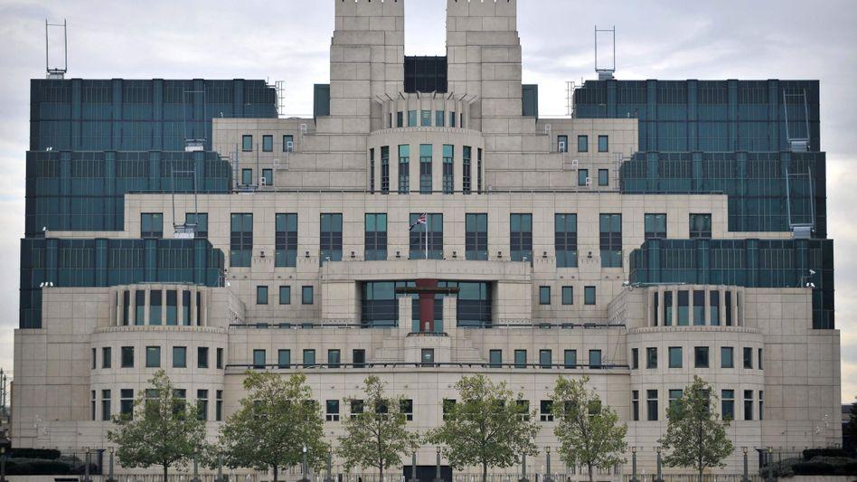 Zentrale des britischen Auslandsgeheimdienstes: Agenten versetzt