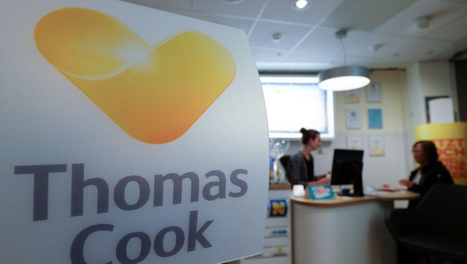 Thomas-Cook-Logo in Hamburger Reisebüro (2015): Ansprüche könnten verfallen