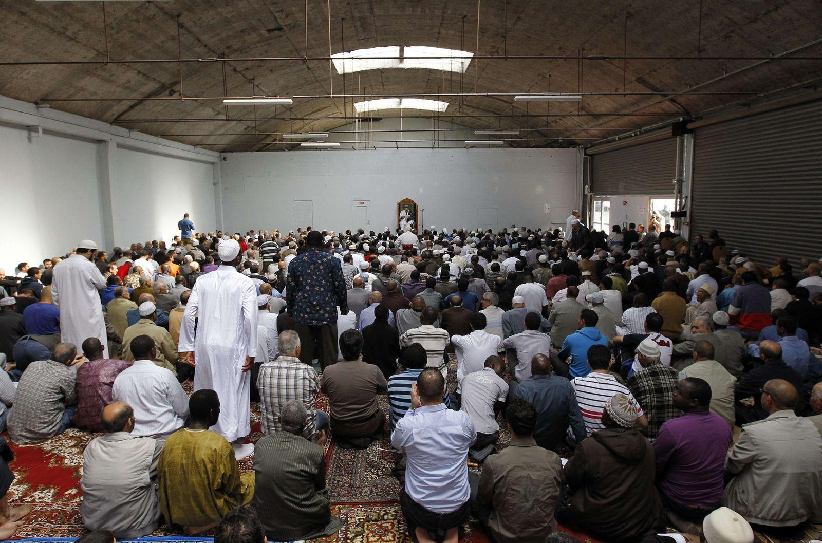 FRANCE-POLITICS-RELIGION-ISLAM-RIGHTS Paris