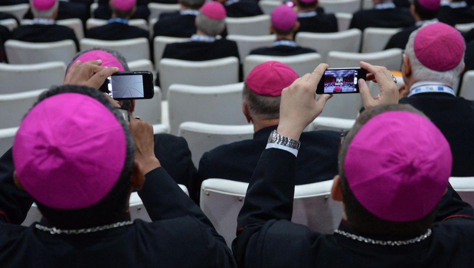 Wie die Schäfchen, so die Hirten: Immer mehr Bischöfe nutzen die neuen Medien