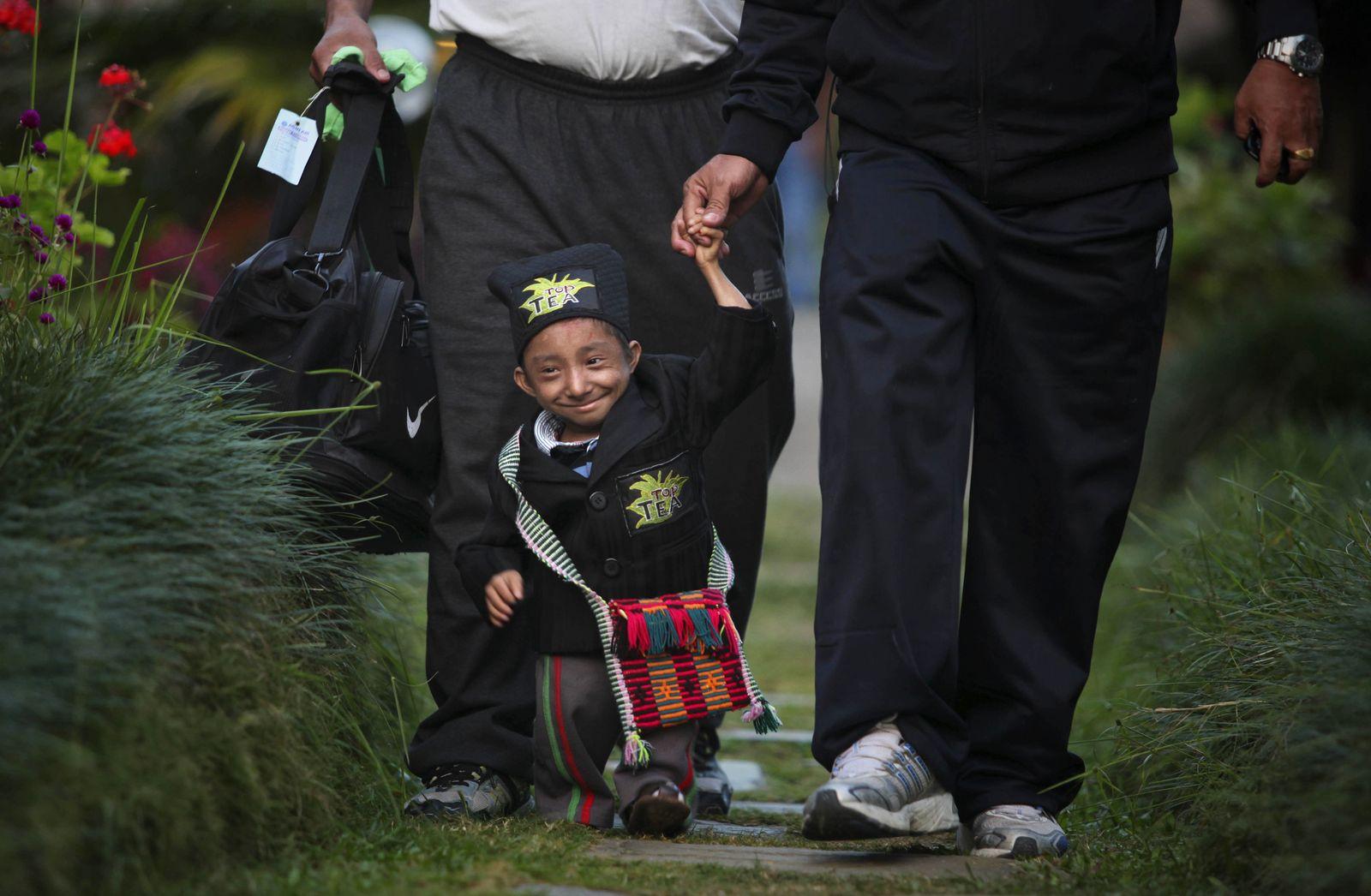 Nepal Smallest Man