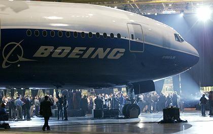 """Feier zur Präsentation des """"Worldliner"""" von Boeing: Statt Selbstkritik ein Dauerwerbeprogramm"""
