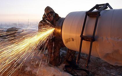 Pipeline-Bau in Sibirien: Überall klagen Verbraucher über einen Mangel an Energie