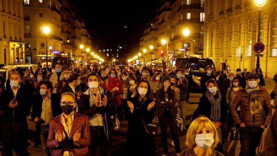 Solidaritätsmarsch für den von einem Islamisten ermordeten Lehrer Samuel Paty in Paris (2020)