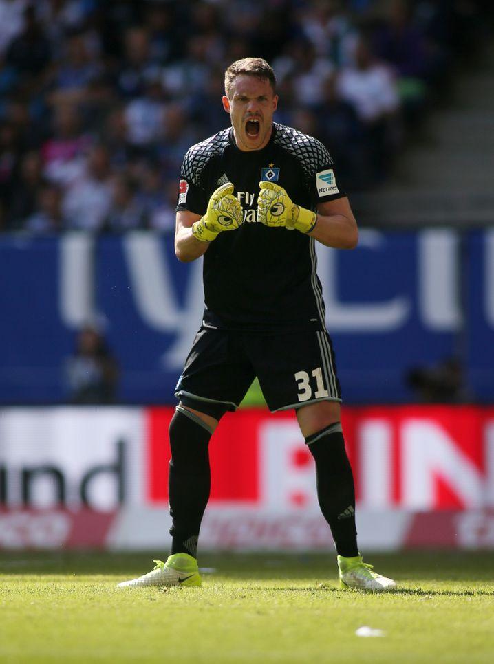 HSV-Keeper Mathenia