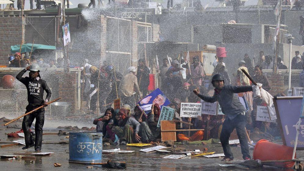Indien: Die Schlacht der Guru-Anhänger