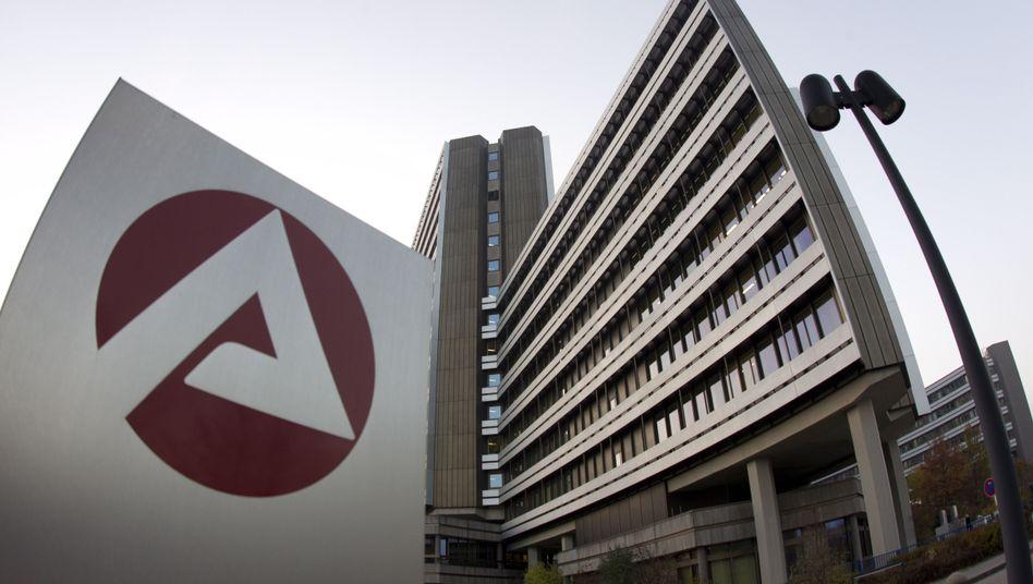 Zentrale der Bundesagentur für Arbeit in Nürnberg: Kein Hartz IV für EU-Zuwanderer