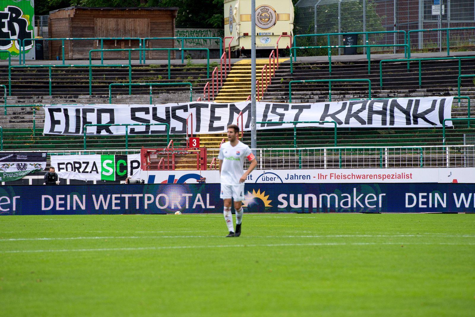 Münster, Deutschland 07.06.2020: 3. Liga - 2019/2020 - SC Preußen Münster vs. Sportvereinigung Unterhaching Leere Stehp
