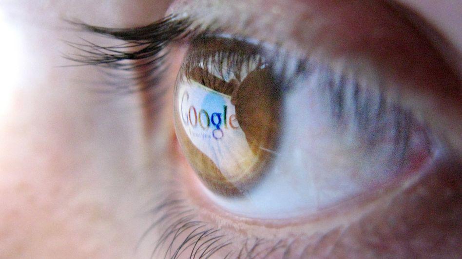 Google-Logo: Der Konzern will in seinen Suchergebnissen mehr Konkurrenzangebote zeigen
