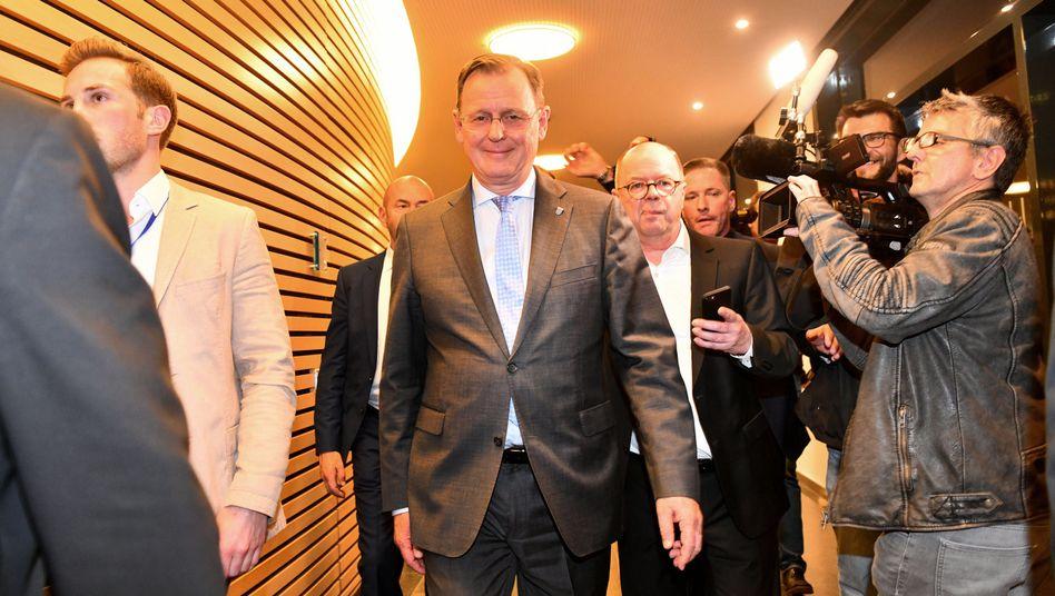 Der Spitzenkandidat der Linken und derzeitige Ministerpräsident Bodo Ramelow kann sich freuen: Seine Partei kam in Thüringen auf ein historisch gutes Ergebnis