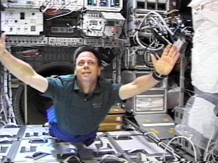 "Astronaut Ilan Ramon während seines Aufenthalts an Bord der US-Raumfähre ""Columbia"""