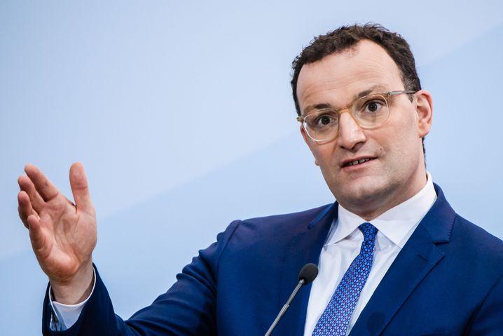 BundesgesundheitsministerJens Spahn: »Stand heute bin ich sehr optimistisch, dass es spätestens im Sommer Massenimpfungen geben wird«