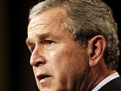 US-Präsident George W. Bush: Seine Umfragewerte rutschen tief in den Keller.