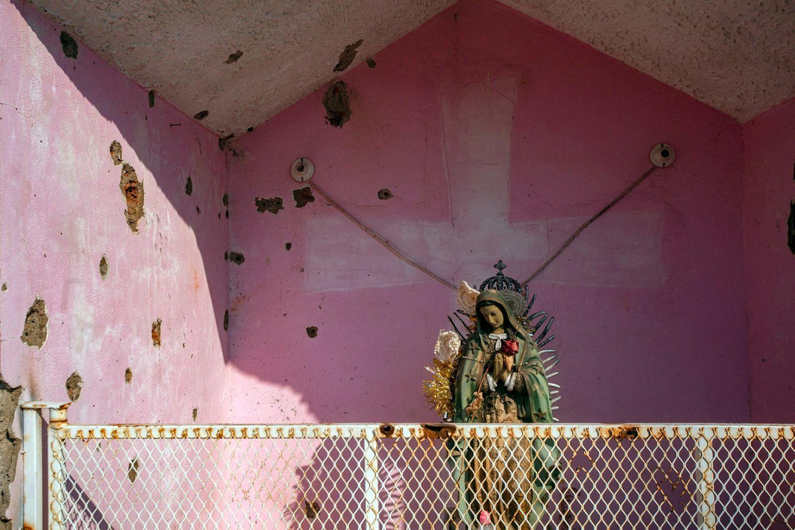 MEXICO-VIOLENCE-CARTELS-RELIGION