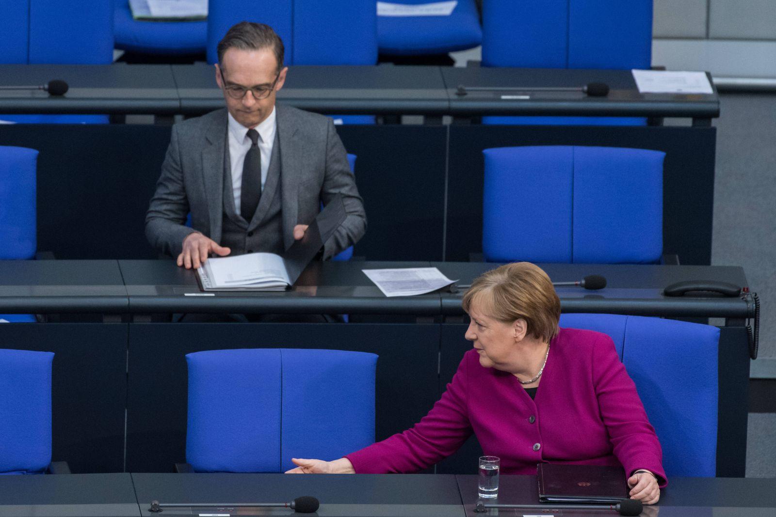 Berlin, Regierungserklärung von Angela Merkel im Bundestag Deutschland, Berlin - 23.04.2020: Im Bild ist die deutsche B