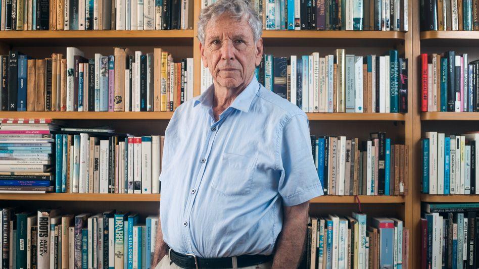 Amos Oz, 2015