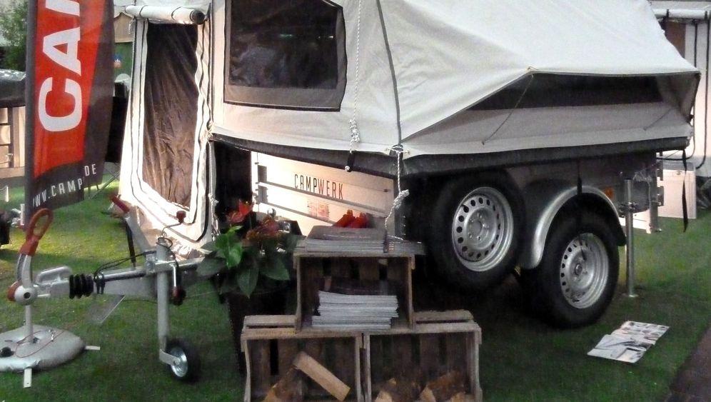Caravan Salon 2011: Wohnwagen zum Falten