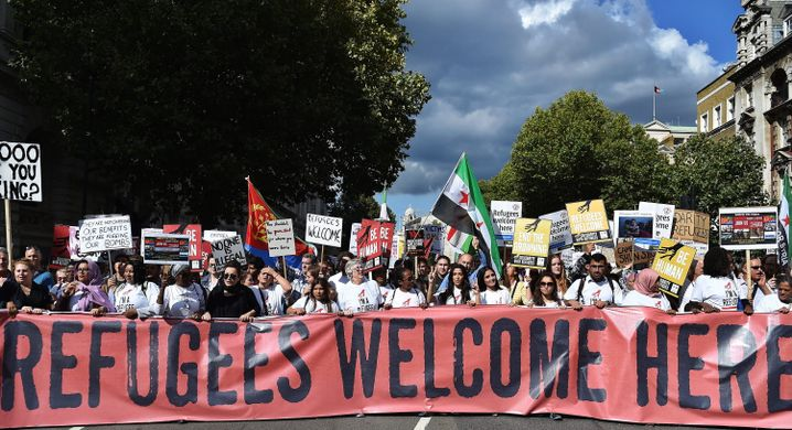 "Demonstranten in London: ""Refugees welcome"""