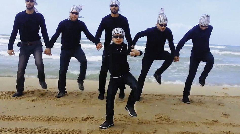 Tanzende Palästinenser im Videoclip