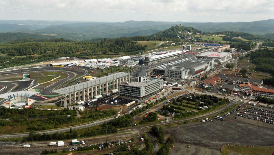 Luftaufnahme des Nürburgrings (Archiv): Ex-SPD-Regierung kommt in dem Prüfbericht nicht gut weg