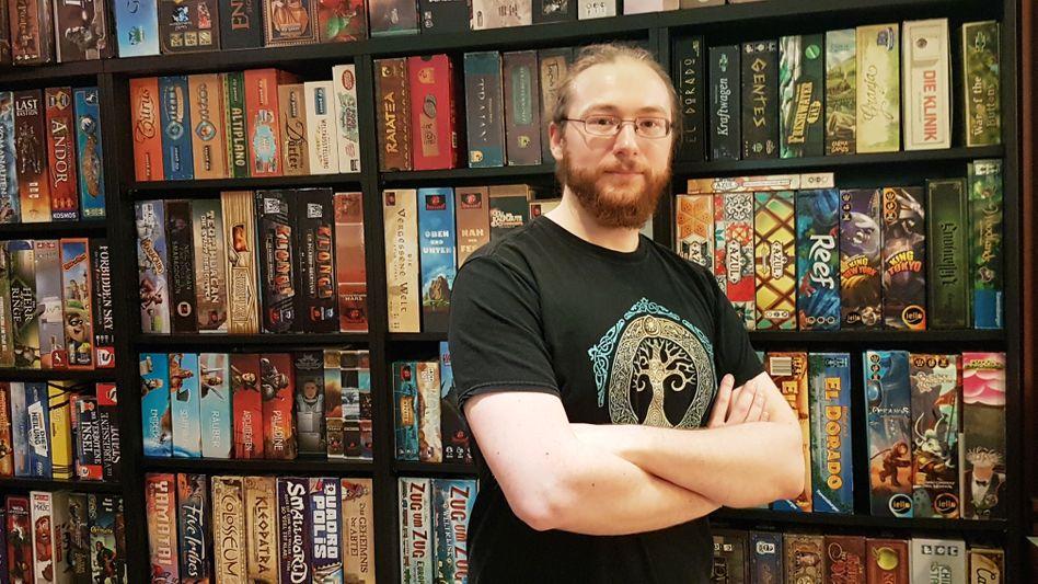 Mirko Schäfer, 34, kann rund 1600 Spiele erklären - und weiß, welches sich für welche Gruppe am besten eignet