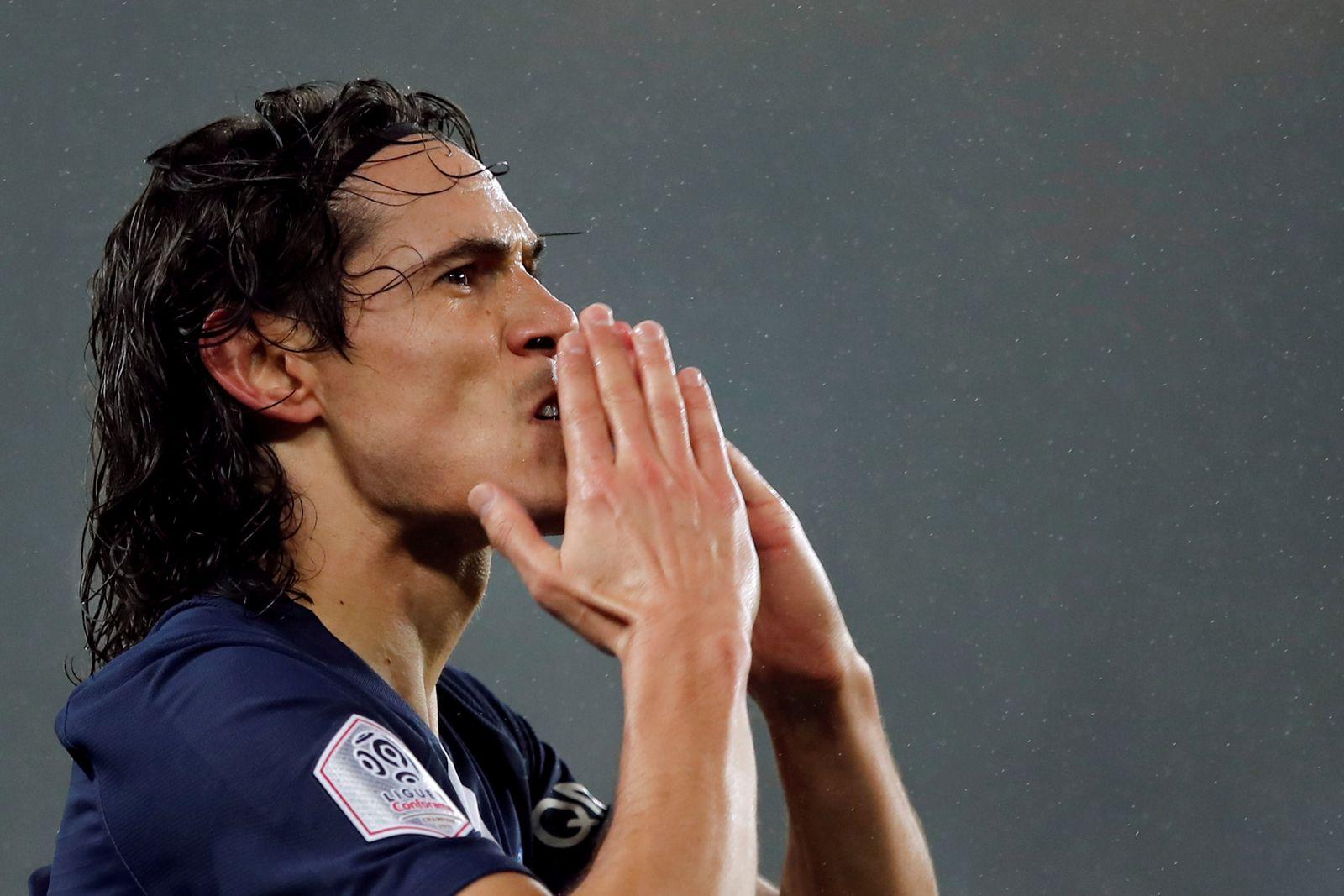 FILE PHOTO: Ligue 1 - Paris St Germain v Bordeaux