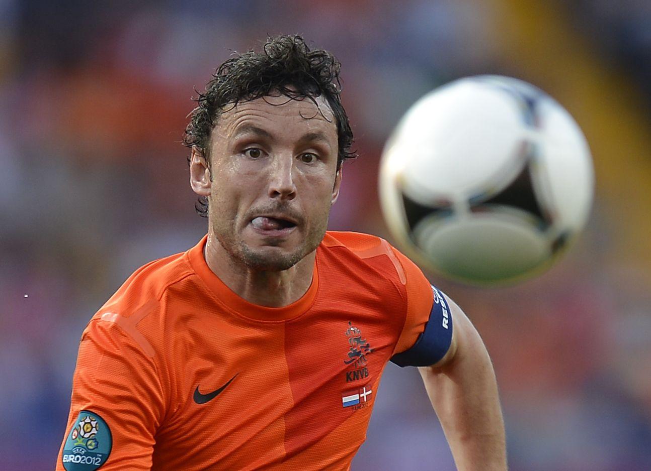 FBL-EURO-2012-NED-DEN-MATCH03
